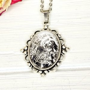 Alice in Wonderland Playing Cards Attack Necklace in Silver