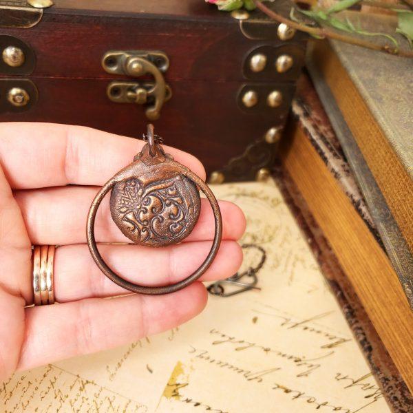 Electroformed Labradorite Cabochon Necklace with Gunmetal Chain